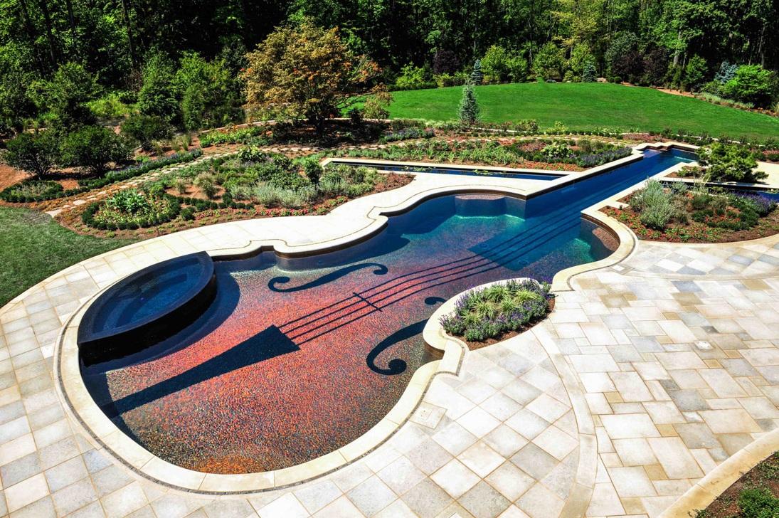 Dieser Kundenspezifische Swimmingpool (US$1.5 Mio) Hat Einen U201eHinterhofu201c  Von New York In Ein Musikalisches Meisterwerk Verwandelt. Cipriano Custom  Pools ...